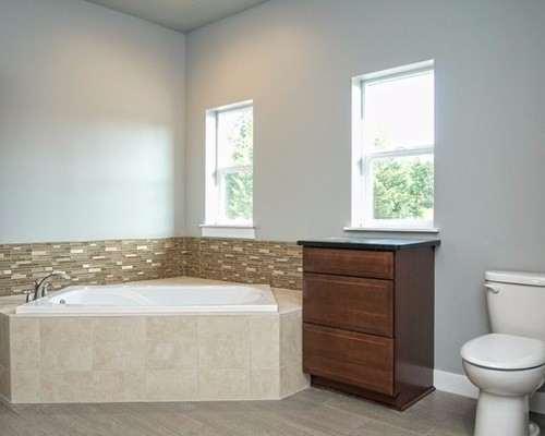 58b161ab05f755c0_1536-w500-h400-b0-p0--traditional-bathroom