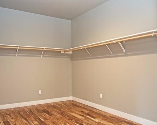 afc1f18205f755d9_1609-w500-h400-b0-p0--traditional-closet